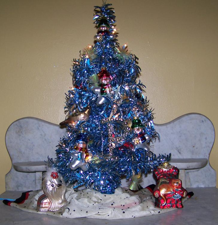 My Baby's Christmas Tree-100_2639.jpg
