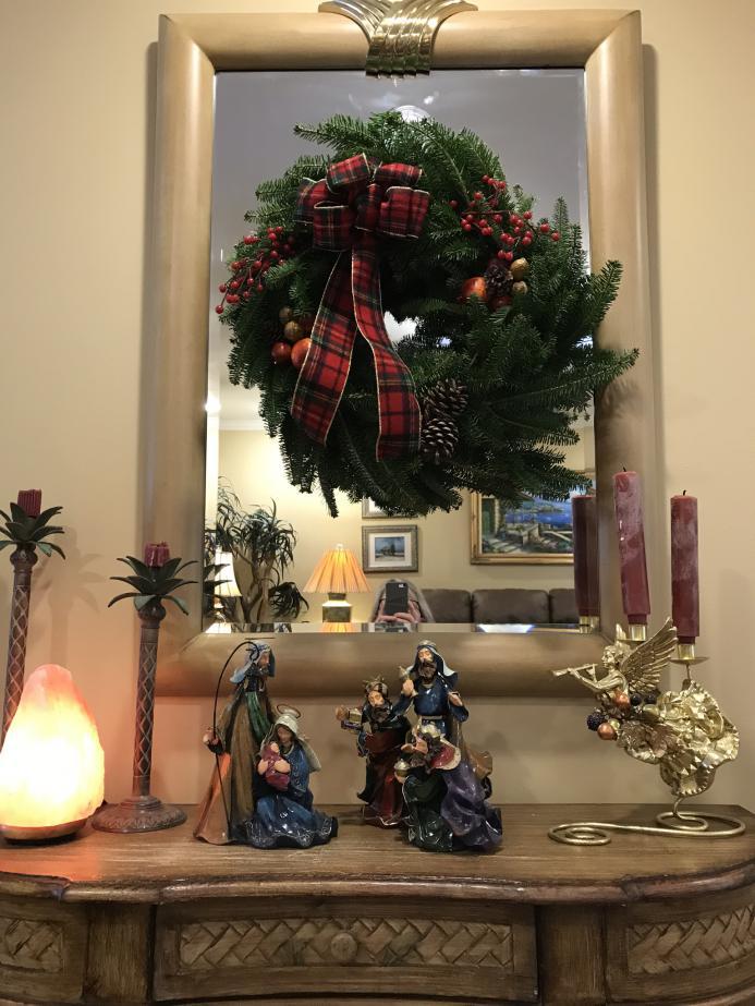 Amar holiday wreath fundraiser-img_0047.jpg